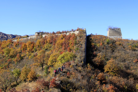 the great wall and the fall: Great Wall of China architectural scenery
