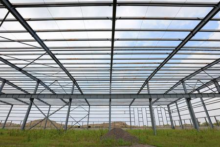 Steel frame of industrial factory building 版權商用圖片 - 101601889