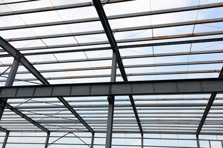 Steel girder truss of factory   版權商用圖片