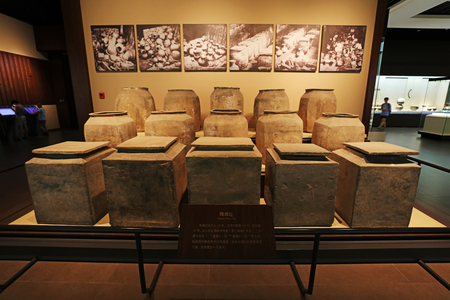 Ancient Chinese ceramics, unearthed cultural relics