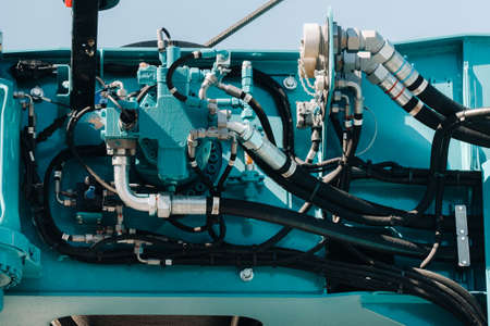 Hydrostatic crane engine.The control system of the crane engine.Lifting hydraulic Department on the truck crane.The hydraulic system of the engine.hydraulic hoses on the crane.autoparts