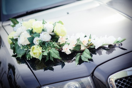 decoration wedding car flower hood black stylish photo