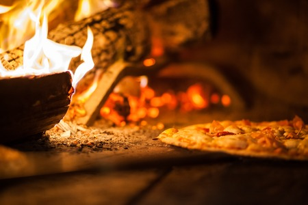 brick kiln: Pizza in old stove fire temperature hot