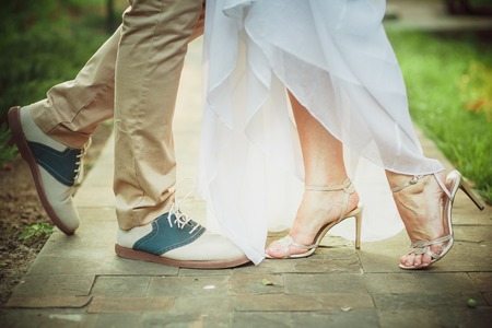 chaussures de mariage lumineux goom and bride
