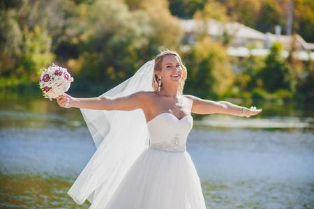 bride veil: bride veil is wind wedding
