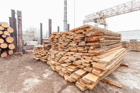 storage timber crane lumber industry