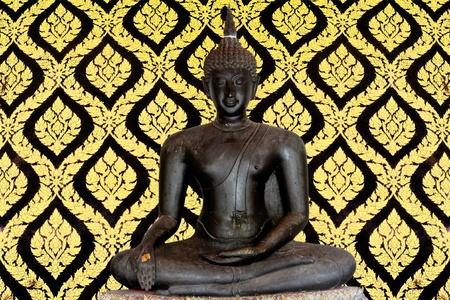Light of Buddha image in the dark background. Stock Photo - 8925738