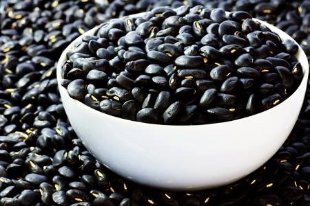 turtle bean: Black beans in bowl macro