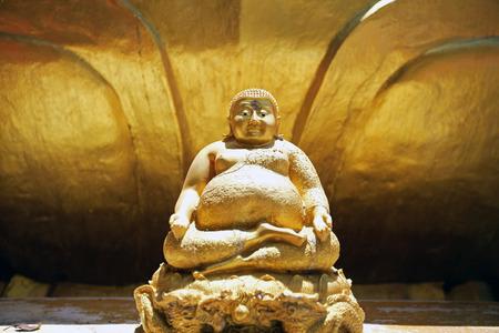 buddha statue: Old ancient buddha statue on background