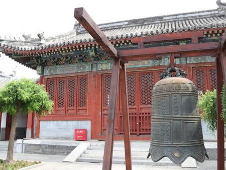 bell bronze bell: temple