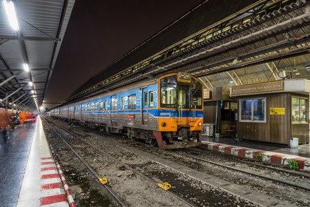 febuary: BANGKOK, THAILAND - Febuary 8th, 2016: A train arrives at Hualampong central train station. Editorial