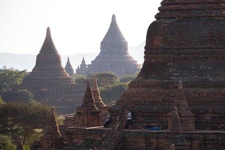 stupas: The huge stupas of Bagan