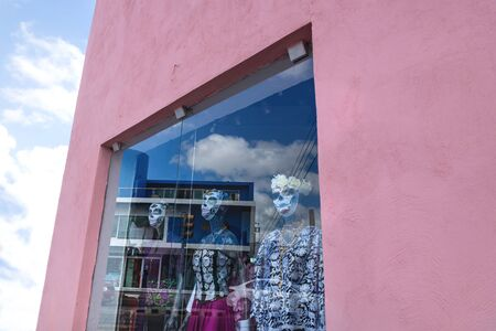 Shop window puppets dressed as Catrinas as decoration for day of the dead 'dia de los muertos', Merida, Yucatan, Mexico