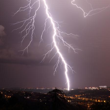 lightning bolt: details of a lightning