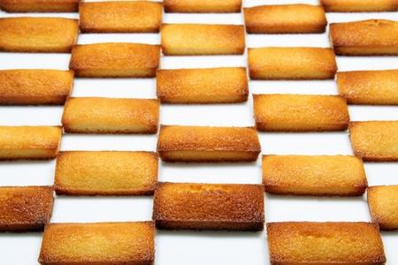 financier: details of a french pastry, the financier