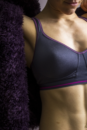 woman bra: Young athletic woman