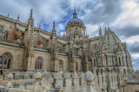 View of the tower and dome of the cathedral of Salamanca in Spain Standard-Bild