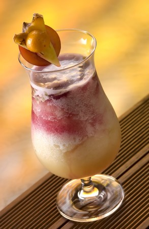 soporific: Smoothie with pineapple, maracuja and black currant