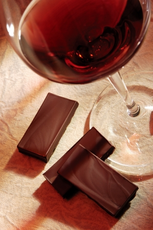 glass of red wine with chocolate Stock Photo - 8288072