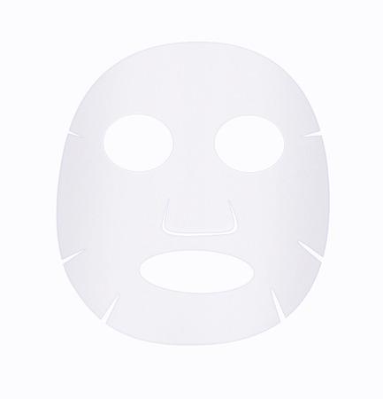 白い背景の上のフェイス シート マスク前面。
