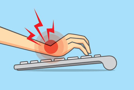 Pols pijn omdat onjuiste positie van de hand en arm in gebruik toetsenbord