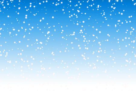 snow falling: Caduta di neve per tutta la notte sfondo blu cielo invernale Archivio Fotografico