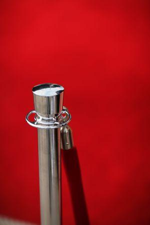 roped: Cuerda de seguridad de Red por la alfombra roja, close-up, shallow DOF. Foto de archivo