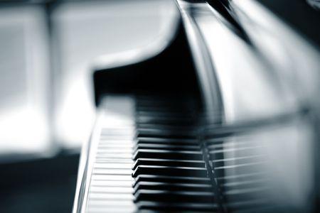 black key: Piano background, shallow DOF.