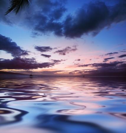 Scenic sunset in Hawaii Stock Photo - 4238159