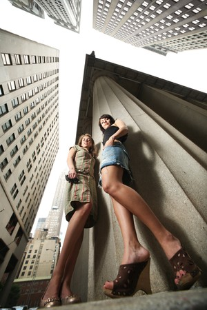 Two sexy young women in New York City Stock Photo - 4320052
