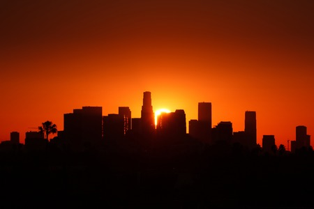 Los Angeles city skyline sunrise. 版權商用圖片
