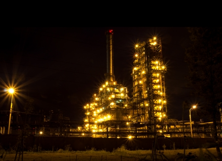 The glow of lights refinery with constant cycle  Russia, Yaroslavl Stock Photo - 15155659