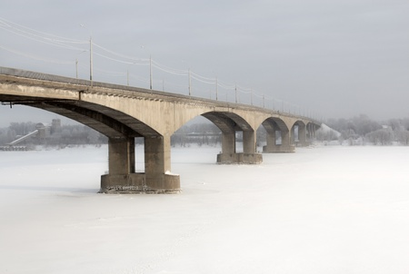 Bridge in Yaroslavl, shot a frosty winter day  Russia 新闻类图片