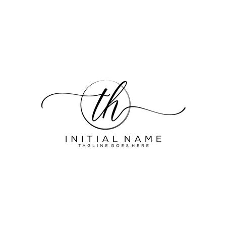 TH Initial handwriting logo with circle template vector. Logó