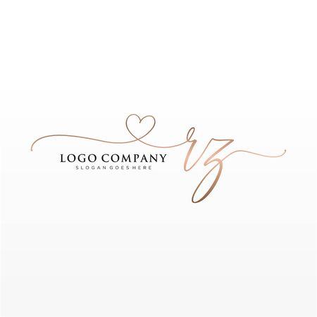 Initial handwriting logo design. Logo for fashion,photography, wedding, beauty, business company. Logó