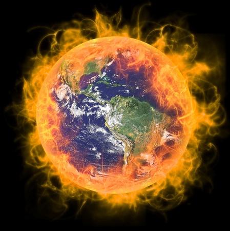 erde gelb: Real Earth Planet im Raum. In rotes Feuer. Umgebaut von echten Erde NASA-Foto. Lizenzfreie Bilder