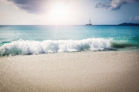 d argent: La Digue island, Seyshelles, Anse Source d