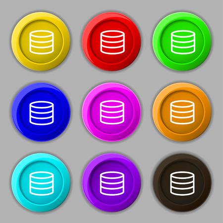 protected database: Disco duro y el icono de la base de datos de signos. s�mbolo en botones coloridos nueve redondos. Ilustraci�n vectorial
