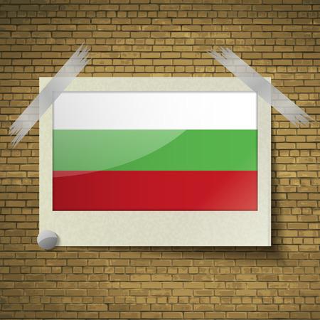 brick background: Bandiere della Bulgaria a telaio su uno sfondo di mattoni. Illustrazione vettoriale Vettoriali
