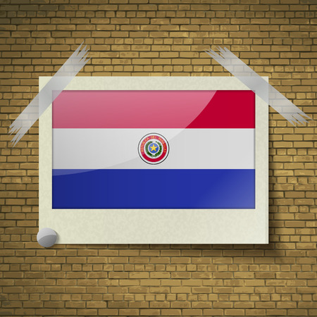 brick background: Bandiere del Paraguay in cornice su uno sfondo di mattoni. Illustrazione vettoriale