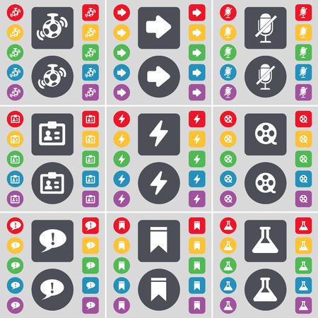 arrow right: Altoparlante, Freccia destra, Microfono, Contatto, Flash, Videotape, Checkpoint, Indicatore, Flask icona simbolo. Un grande insieme di piatti, pulsanti colorati per il vostro disegno. Illustrazione vettoriale Vettoriali