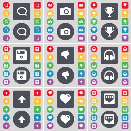 red lan: Burbuja de chat, c�mara, Copa, Floppy, aversi�n, Auriculares, Flecha arriba, coraz�n, LAN icono socket s�mbolo. Un gran conjunto de planos botones, colores para su dise�o. Ilustraci�n vectorial