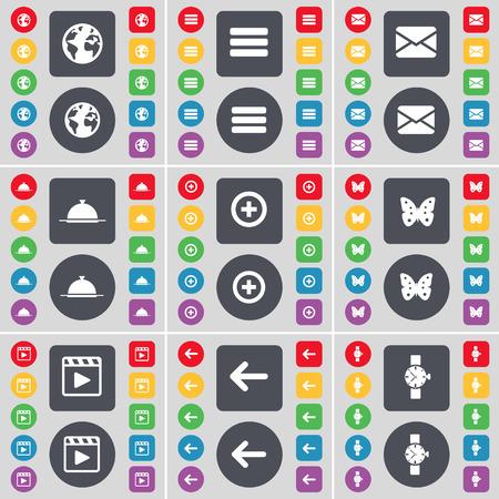 orologio da polso: Terra, Apps, Messaggio, Vassoio, Inoltre, Buttery, lettore multimediale, Freccia sinistra, orologio icona simbolo. Un grande insieme di piatti, pulsanti colorati per il vostro disegno. Illustrazione vettoriale