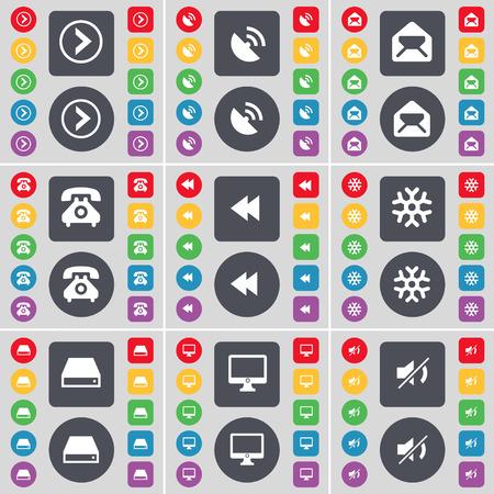 arrow right: Freccia a destra, Parabola, Messaggio, Retro telefono, Rewind, Fiocco di neve, Hard disk, Monitor, Mute icona simbolo. Un grande insieme di piatti, pulsanti colorati per il vostro disegno. Illustrazione vettoriale