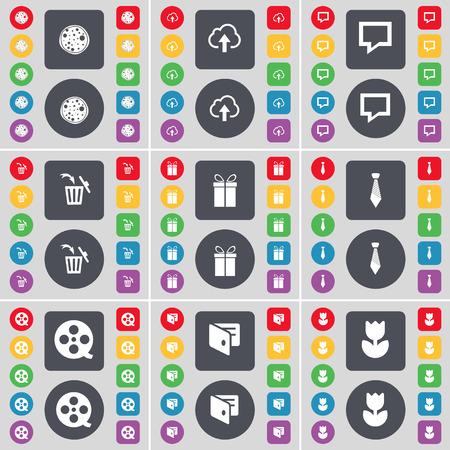 lazo regalo: Pizza, Nube, burbuja de Chat, Bote de basura, regalo, lazo, cintas de vídeo, Monedero, Flor icono de símbolo. Un gran conjunto de planos botones, colores para su diseño. Ilustración vectorial Vectores