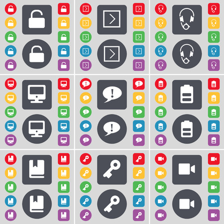 arrow right: Lock, Freccia destra, cuffie, monitor, Chat bolla, batteria, dizionario, key, Filmato icona della fotocamera simbolo. Un grande insieme di piatti, pulsanti colorati per il vostro disegno. Illustrazione vettoriale