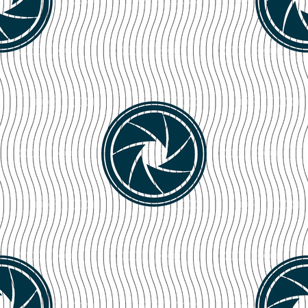 diaframma: diaphragm icon. Aperture sign. Seamless pattern with geometric texture. Vector illustration