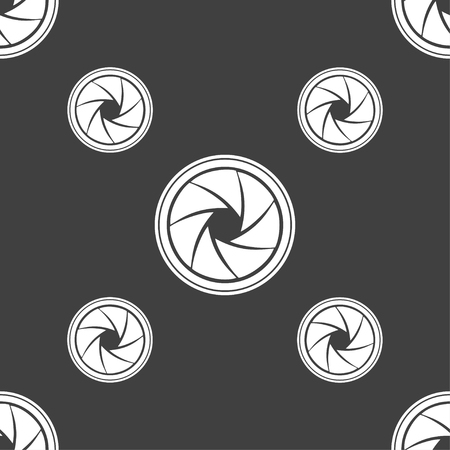 aperture: diaphragm icon. Aperture sign. Seamless pattern on a gray background. Vector illustration Illustration