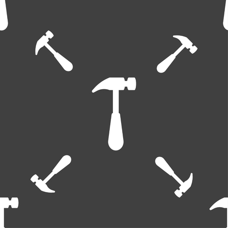 apalancamiento: Hammer icon sign. Seamless pattern on a gray background. Vector illustration