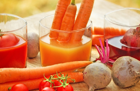 carrot juice: Freshly squeezed carrot juice